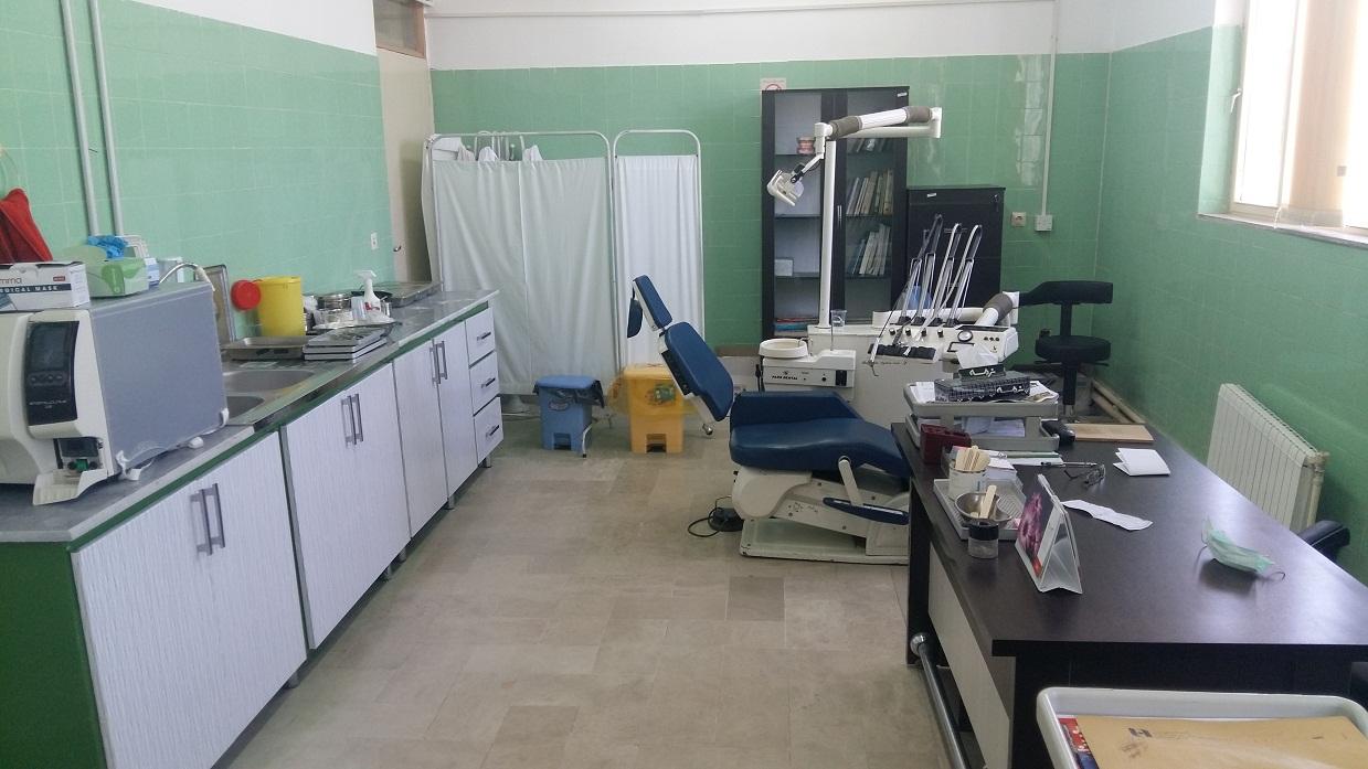نماي دندانپزشكي مركز خدمات جامع سلامت شهري سجادشهر